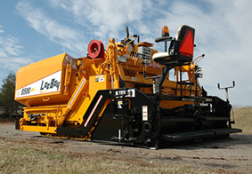 Asphalt Paving Machine - Everlast Blacktop